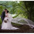 野外ロケのコマーシャルフォト、真夏の小雨模様の山でラスティック-ウェディングのイメージ写真撮影